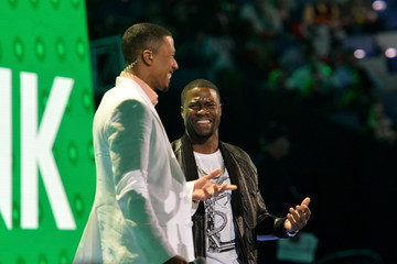 Kevin Hart Nick Cannon State Farm All-Star Saturday Night - NBA All-Star Weekend 2014