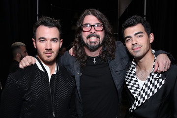 Kevin Jonas Dave Grohl 2020 Getty Entertainment - Social Ready Content