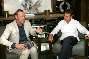 Kevin Spacey Actor Kevin Spacey Meets With President Enrique Pena Nieto Of Mexico In Cancun