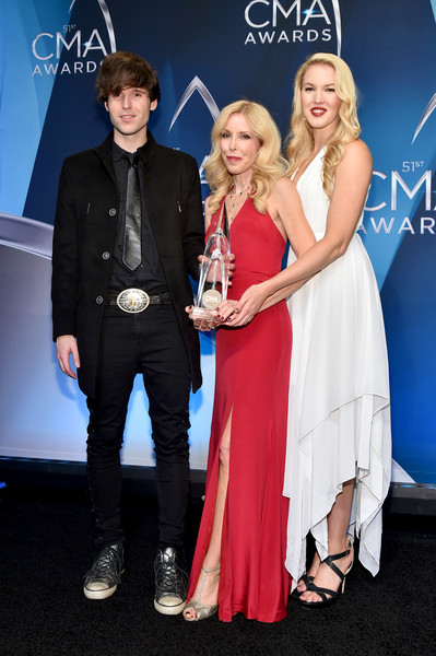 The 51st Annual CMA Awards - Press Room [event,fashion,premiere,carpet,dress,award,electric blue,performance,award ceremony,shannon campbell,kim campbell,ashley campbell,cma awards,room,media room,tennessee,nashville,bridgestone arena]