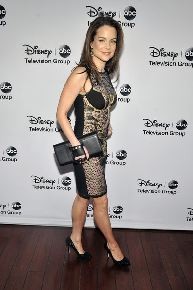 "Kimberly Williams - Disney ABC Television Group's ""2013 Winter TCA Tour"" Red Carpet Event - Arrivals"