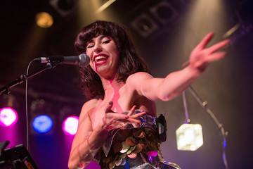 Kimbra Kimbra Performs Live in Auckland