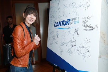 Kimiko Glenn Annual Charity Day Hosted By Cantor Fitzgerald, BGC and GFI - Cantor Fitzgerald Office - Inside