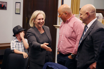 Kirsten Gillibrand Plate of the Union, Tom Colicchio, Jose Andres, Andrew Zimmern & Lead Chefs Lobby Congress to Clean Up America's Food System