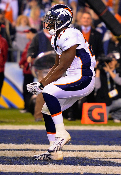 knowshon moreno essay Numbers like those are just flat out infuriating when you consider them alongside knowshon moreno's 134 rushing yards, and his team out-gaining the patriots 222 yards to 67 in the second half.