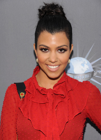 Kourtney Kardashian Kourtney Kardashian arrives for the City of Hope honoring Shelli And Irving Azoff with the 2011 Spirit of Life award at Universal Studios Hollywood on May 7, 2011 in Universal City, California.