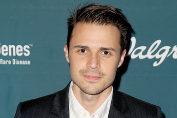 Kris Allen Celebrities Come Together in Support of Rare Disease and Global Genes