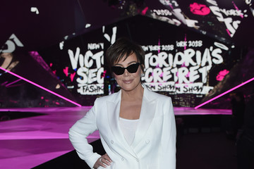 Kris Jenner 2018 Victoria's Secret Fashion Show in New York - Front Row