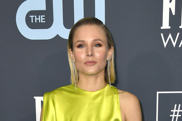 Kristen Bell 25th Annual Critics' Choice Awards - Arrivals