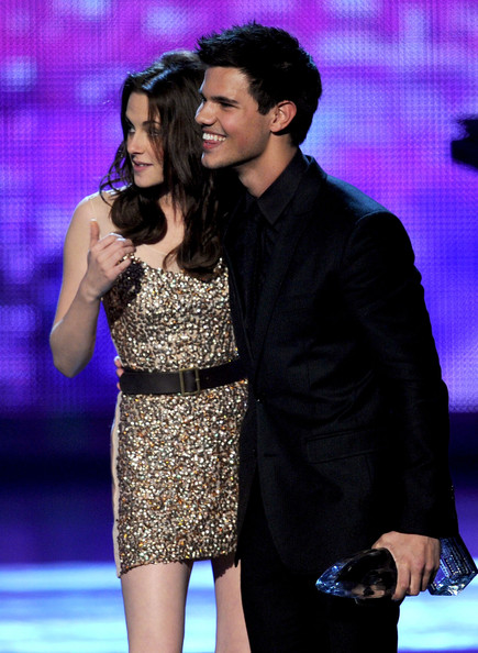 People's Choice Awards 2011 - Página 2 Kristen+Stewart+2011+People+Choice+Awards+WTj1--qaUSfl