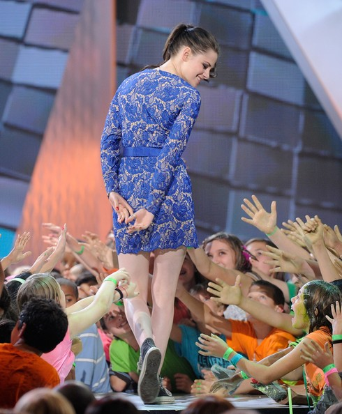 Kristen Stewart - Nickelodeon's 25th Annual Kids' Choice Awards - Show
