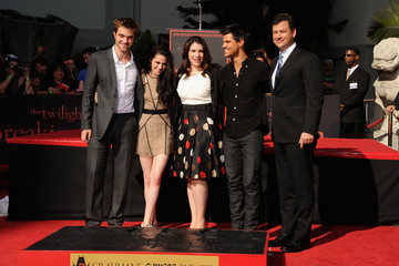 Kristen+Stewart in Kristen Stewart, Robert Pattinson & Taylor Lautner Hand And Footprint Ceremony