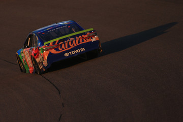 Kyle Busch Monster Energy NASCAR Cup Series Championship Ford EcoBoost 400
