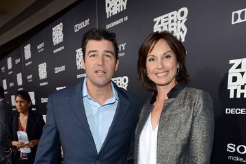 Kyle Chandler Kathryn Chandler Pictures, Photos & Images ...