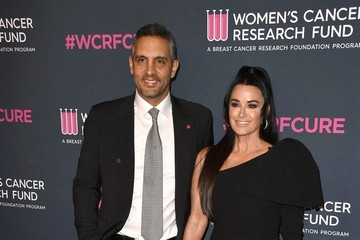 Kyle Richards Mauricio Umansky The Women's Cancer Research Fund's An Unforgettable Evening 2020 - Arrivals