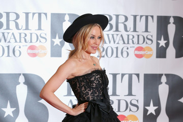 Kylie Minogue Brit Awards 2016 - Red Carpet Arrivals