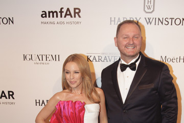 Kylie Minogue 5th Annual amfAR Inspiration Gala Sao Paulo - Arrivals
