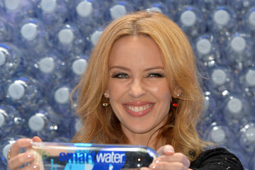 Kylie Minogue Kylie Minogue Launches Glaceau Smartwater