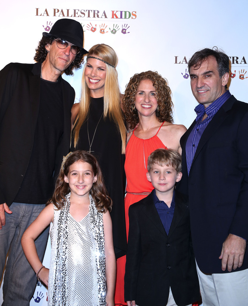 Howard Stern Beth Ostrosky-Stern Photos Photos - La ...