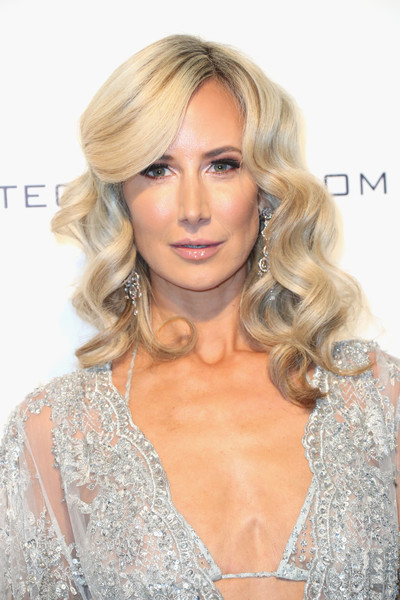 25th Annual Elton John AIDS Foundation's Oscar Viewing Party - Arrivals [hair,blond,face,hairstyle,eyebrow,lip,chin,beauty,long hair,hair coloring,arrivals,victoria hervey,model,west hollywood park,california,the city,elton john aids foundation,oscar viewing party,academy awards viewing party]