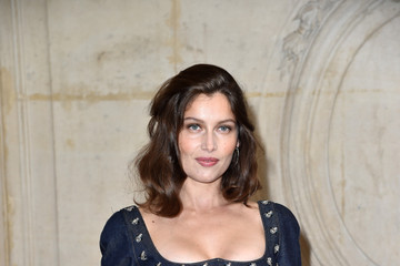 Laetitia Casta Christian Dior : Photocall - Paris Fashion Week Womenswear Spring/Summer 2017