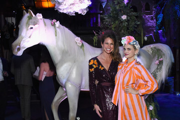 Landon Clements Sixth Annual UNICEF Masquerade Ball 2018 - Inside