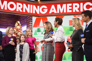 "Lara Spencer Amy Robach ABC's ""Good Morning America"" - 2017"