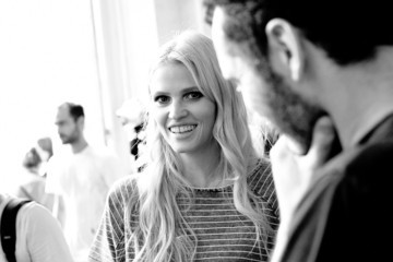 Lara Stone Paris Fashion Week : Haute Couture