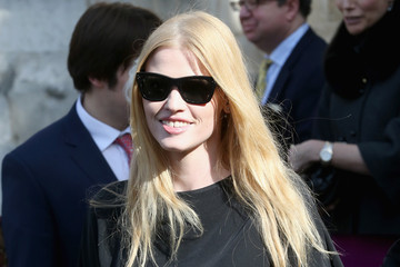 Lara Stone Memorial Service Held for David Frost