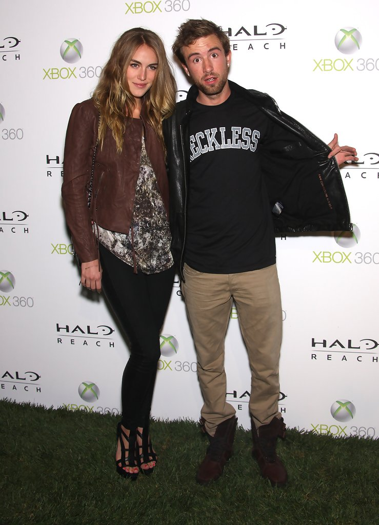 "Drama in Launch Of Xbox 360's ""Halo: Reach"" - Arrivals ...