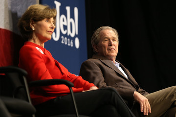 Laura Bush GOP Presidential Candidate Jeb Bush Campaigns with His Brother Former President George W. Bush