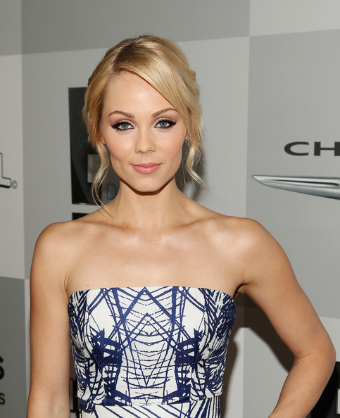 Laura Vandervoort - Universal, NBC, Focus Features, E! Entertainment - Sponsored By Chrysler And Hilton - After Party