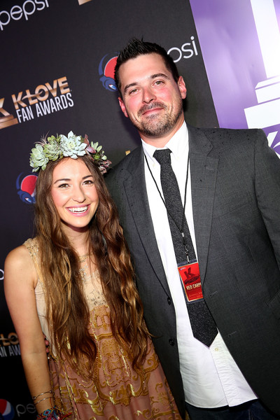 Lauren Daigle Husband >> Lauren Daigle Photos Photos - 3rd Annual KLOVE Fan Awards