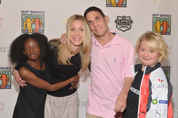 Lauren Levine 'Suburgatory' Cast Attend Beauty Event