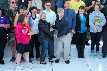 Lauren Potter Best Buddies Hearst Castle Challenge - Hearst Ranch Barbeque Celebration and Concert