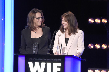 Lauren Shuler Donner Women In Film 2016 Crystal + Lucy Awards Presented By Max Mara And BMW - Inside