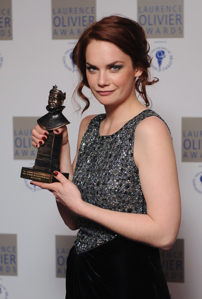 Ruth Wilson Poses With Her Best Actress In A Supporting