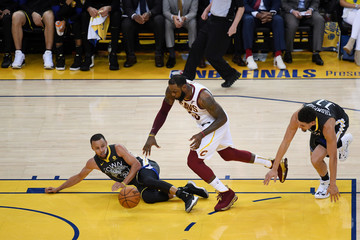 LeBron James Stephen Curry 2018 NBA Finals - Game Two