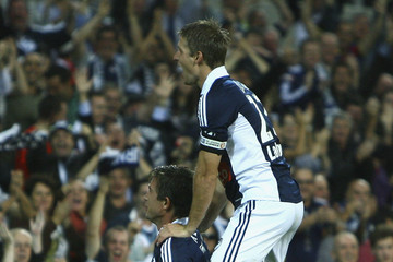Adrian Leijer Harry Kewell A-League Rd 19 - Victory v Central Coast