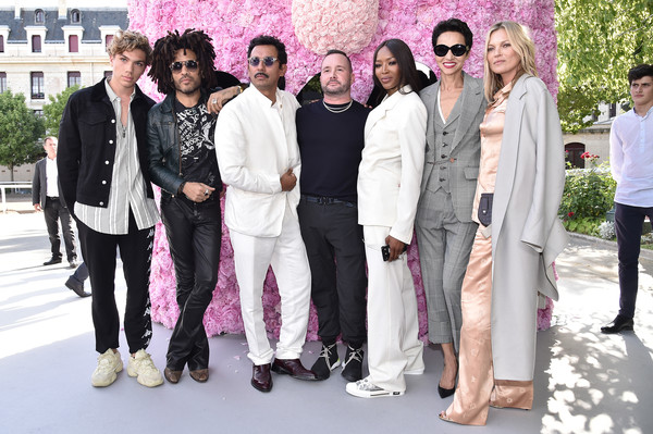 Lenny Kravitz Photos Photos Dior Homme Photocall Paris Fashion
