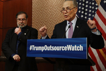 Leo Gerard Chuck Schumer, Unions Unveil 'Trump Outsource Watch' at U.S. Capitol