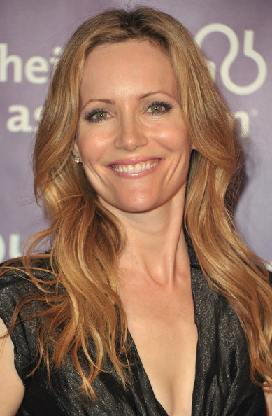 leslie mann fansite