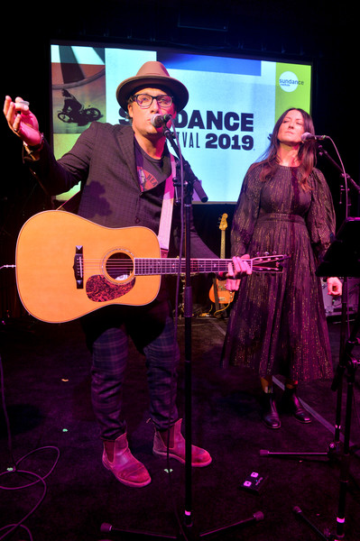 2019 Sundance Film Festival - Celebration Of Music In Film [string instrument,performance,entertainment,musician,music,guitar,performing arts,musical instrument,music artist,utah,park city,the shop,sundance film festival - celebration of music in film,sundance film festival,feist,chris stills]