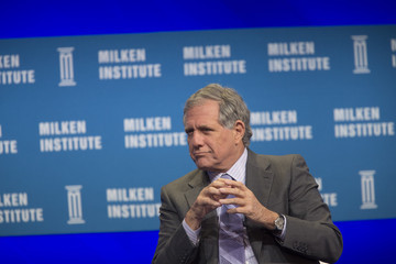 Leslie Moonves California Governor Jerry Brown Discusses Gov't Response To Climate Change