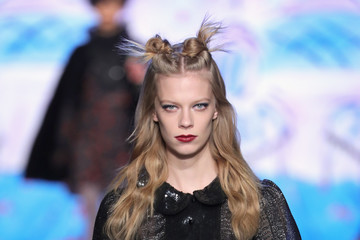 Lexi Boling Anna Sui - Runway - February 2017 - New York Fashion Week: The Shows