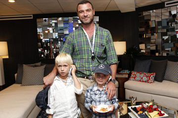 Liev Schreiber Naomi Watts and Liev Schreiber Spotted In The Mercedes-Benz VIP Suite At The 2014 US Open