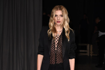 Lily Donaldson Burberry February 2017 Show - Arrivals