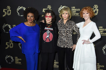 Lily Tomlin Kathy Griffin L.A. LGBT Center Celebrates 50th Anniversary With 'Hearts Of Gold' Concert