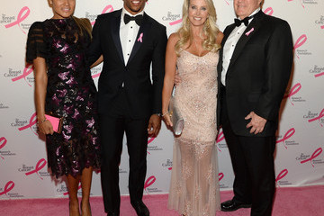 Linda Holliday Arrivals at the Hot Pink Party