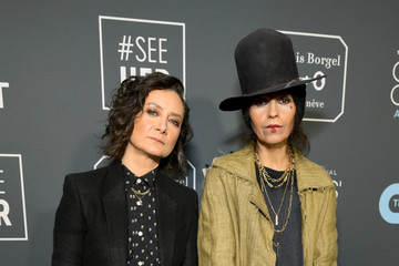 Linda Perry The 24th Annual Critics' Choice Awards - Red Carpet